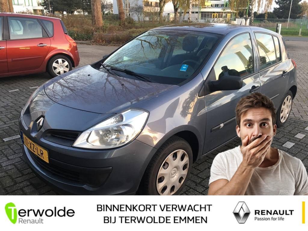 Renault Clio 1.2-16v business line
