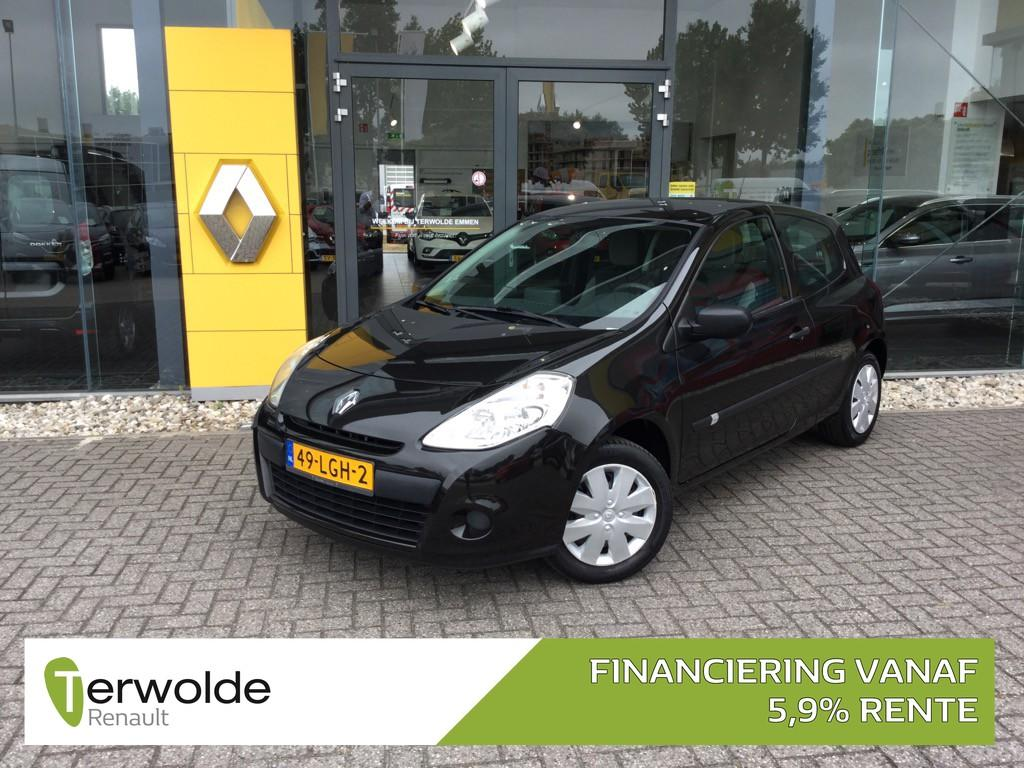 Renault Clio 1.2 tce 101pk special line