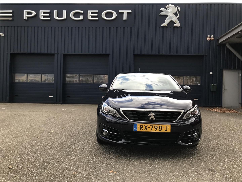 Peugeot 308 1.2 puretech 110pk active comfortstoelen
