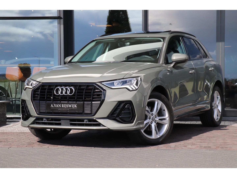 Audi Q3 35 tfsi 150 pk s-tronic s-line virtual