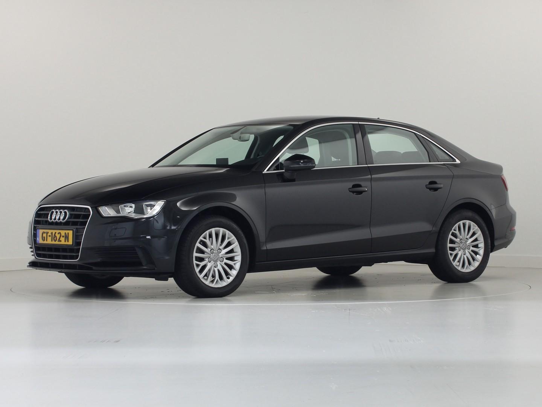 Audi A3 1.4 tfsi 150 pk 6-bak limousine ambiente