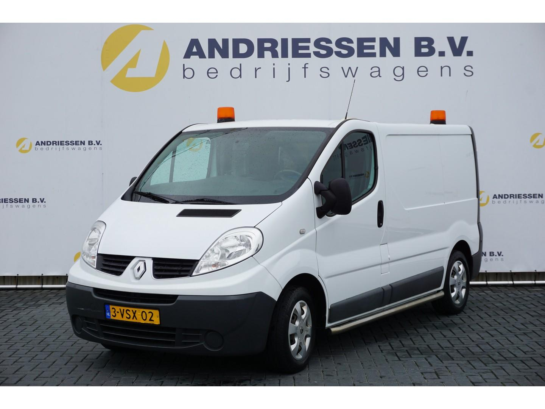 Renault Trafic 2.0 dci l1h1 eco,** werkplaatsinrichting** parkeersensoren, airco, cruise
