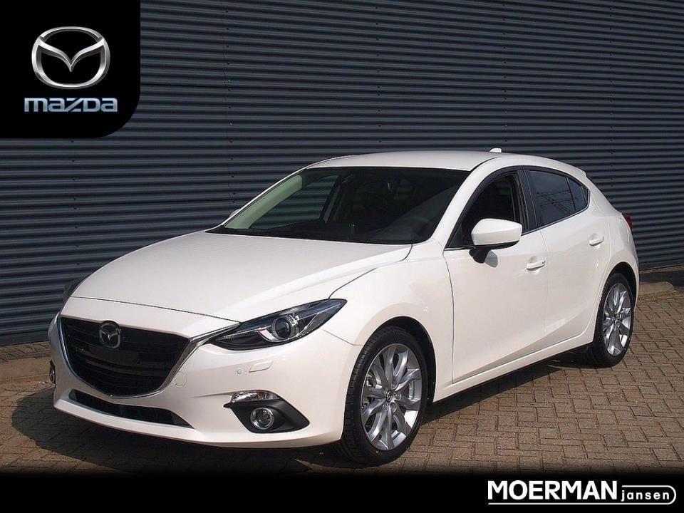 Mazda 3 Gt-m / voordeel / van € 31.635,- voor € 28.900,-!