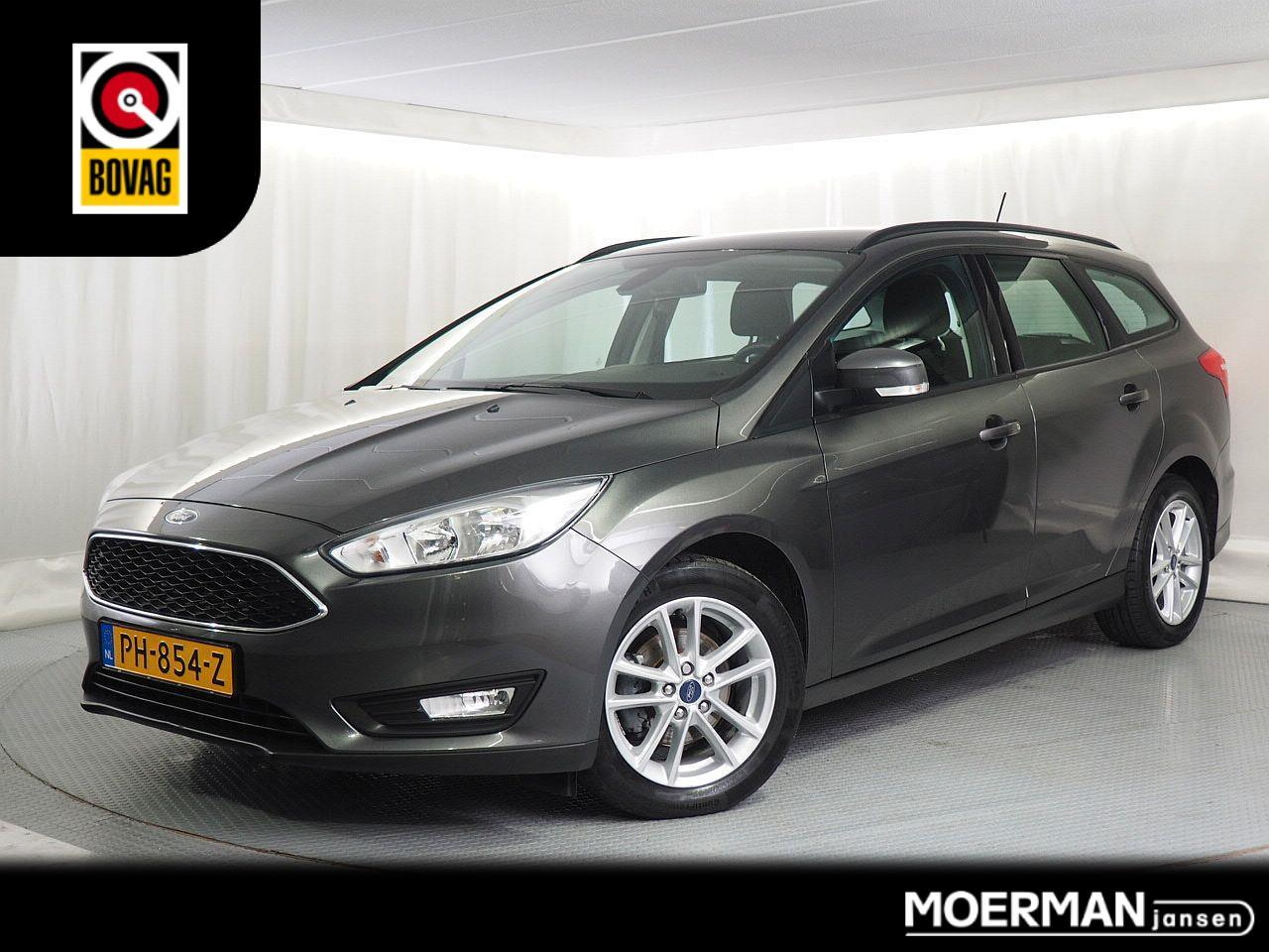 Ford Focus Wagon edition 125pk / navigatie / apple carplay / trekhaak / 1e eigenaar