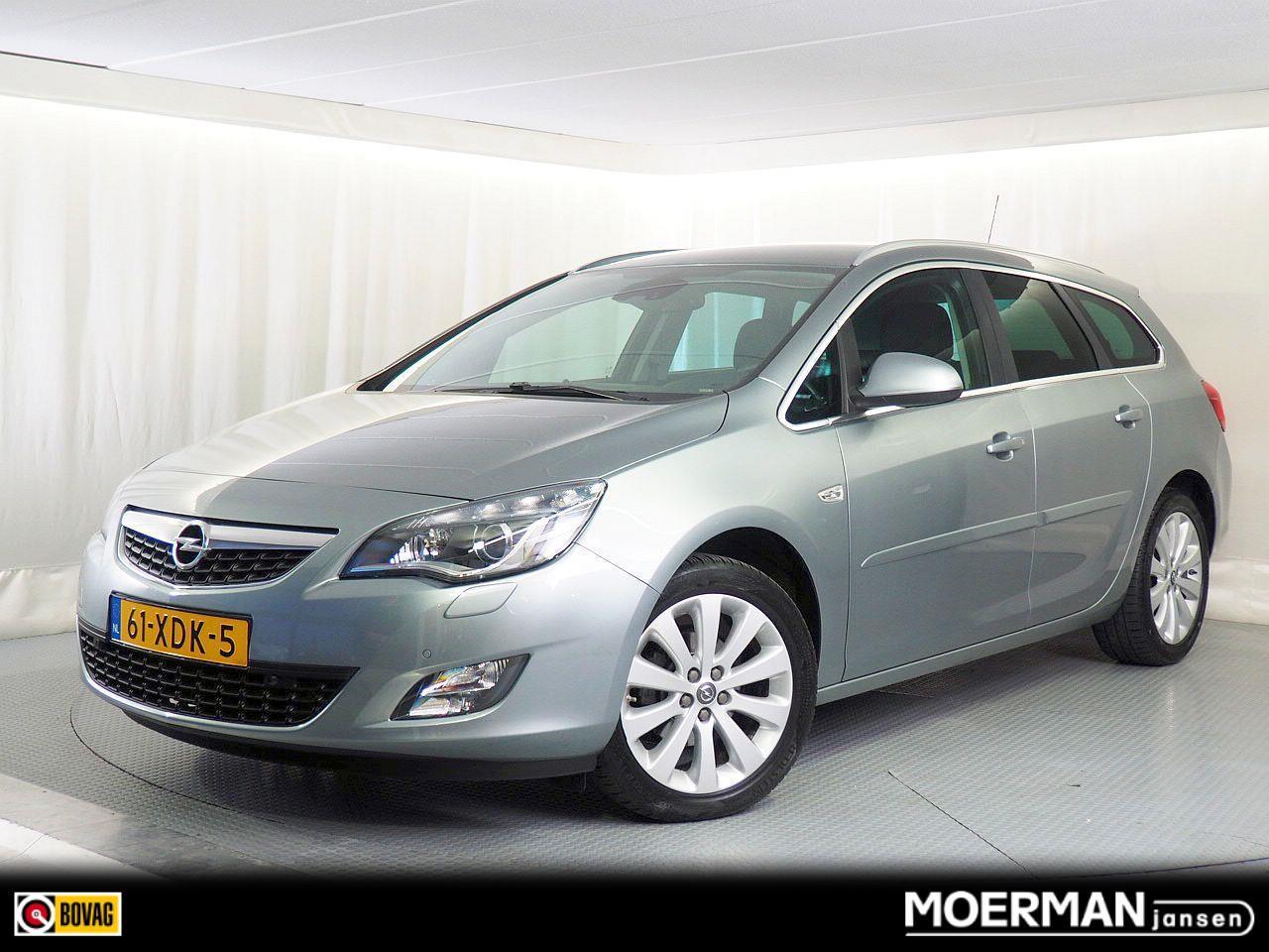 Opel Astra Sports tourer 1.4 turbo sport / voll. onderhouden / stationcar / 140 pk / parkeersensoren v+a / trekhaak