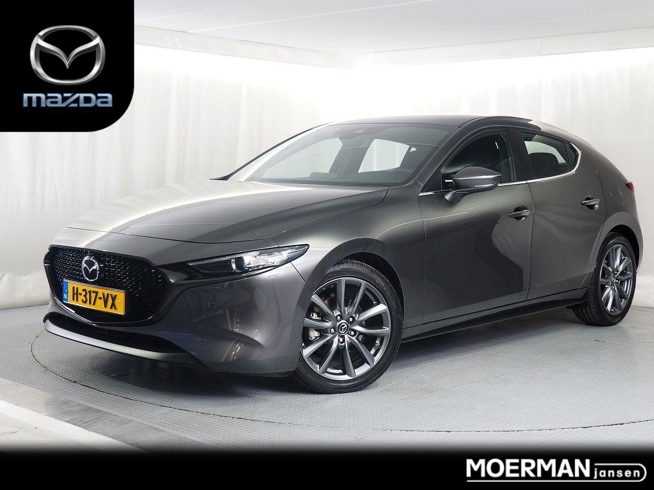Mazda 3 2.0 comfort navigatie / 18 inch velgen / hybrid 132 pk / radar cruise ctrl / head-up display / 1e eigenaar