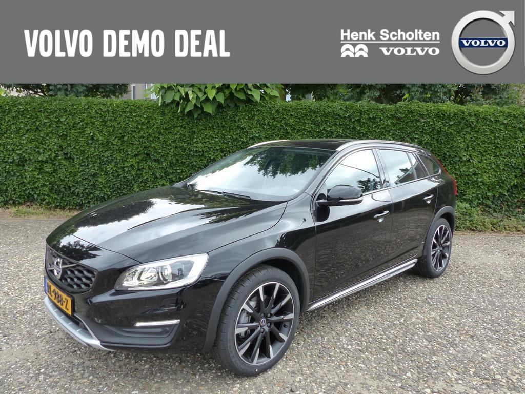 Volvo V60 cross country D3 gt polar+, leder, schuifdak, 18""