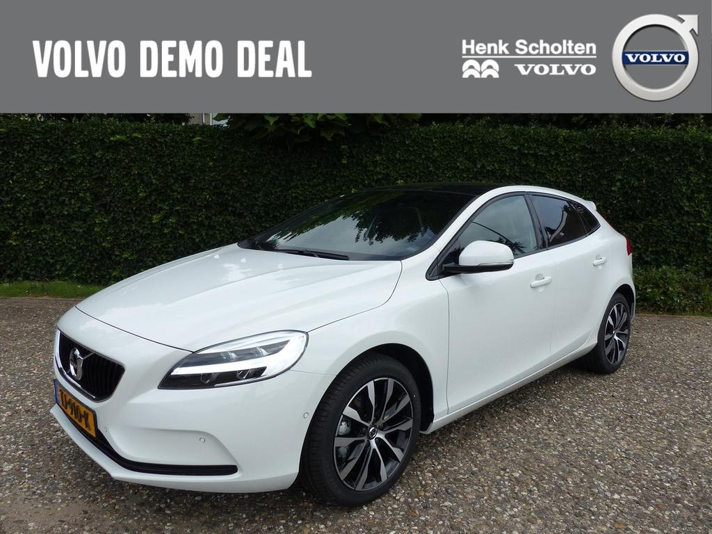 Volvo V40 T3 152pk dynamic edition luxury line full options