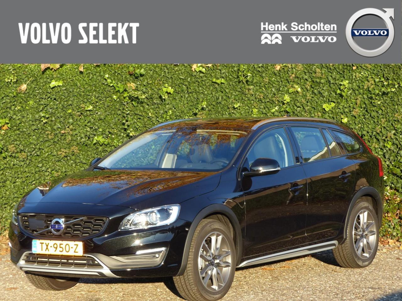 Volvo V60 cross country T5 245pk gt polar+ luxury, comfort line, res. wiel