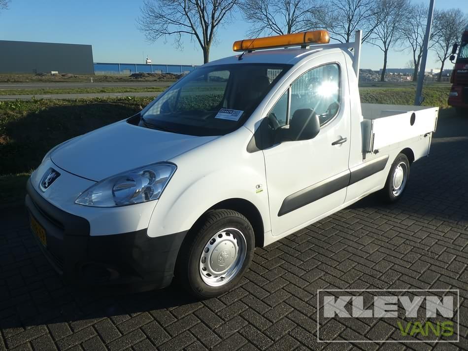Peugeot Partner 122 pickup 124 dkm