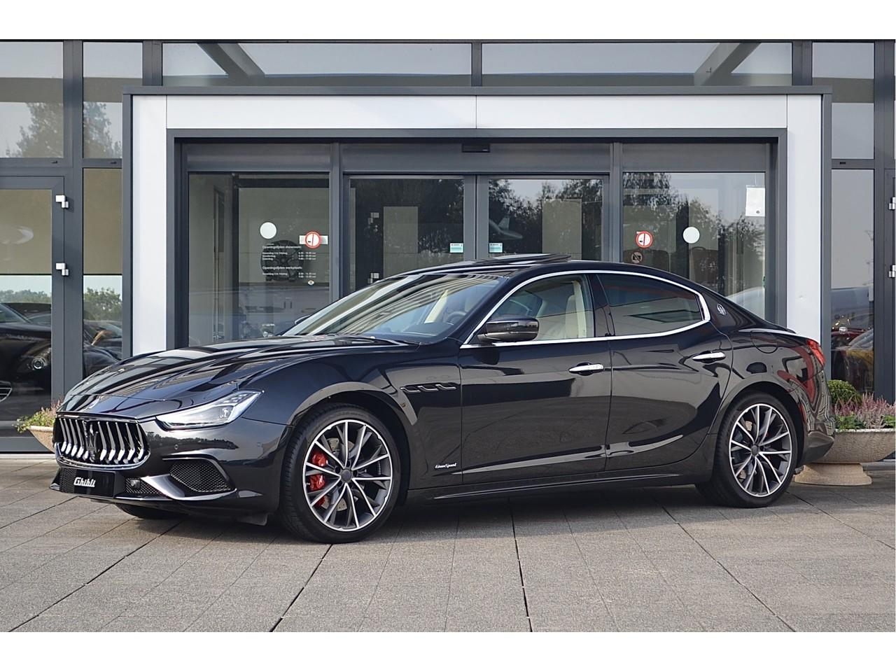Maserati Ghibli 3.0 v6 gransport 350pk my19 led / soft-close / adaptieve cruise