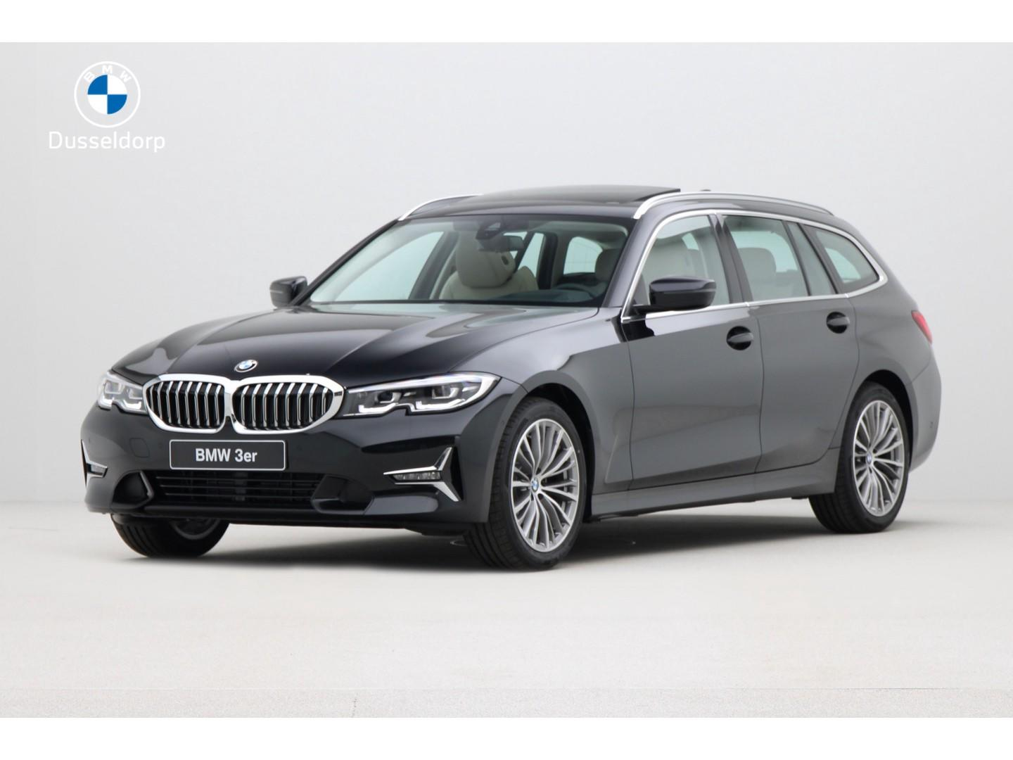 Bmw 3 serie Touring 320d luxury line high executive .