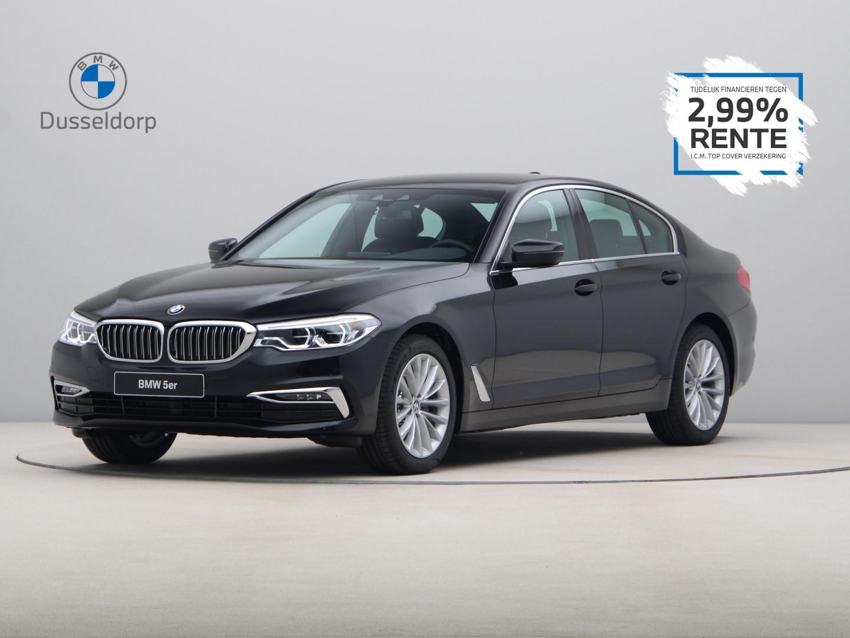 Bmw 5 serie 520i luxury line high executive edition