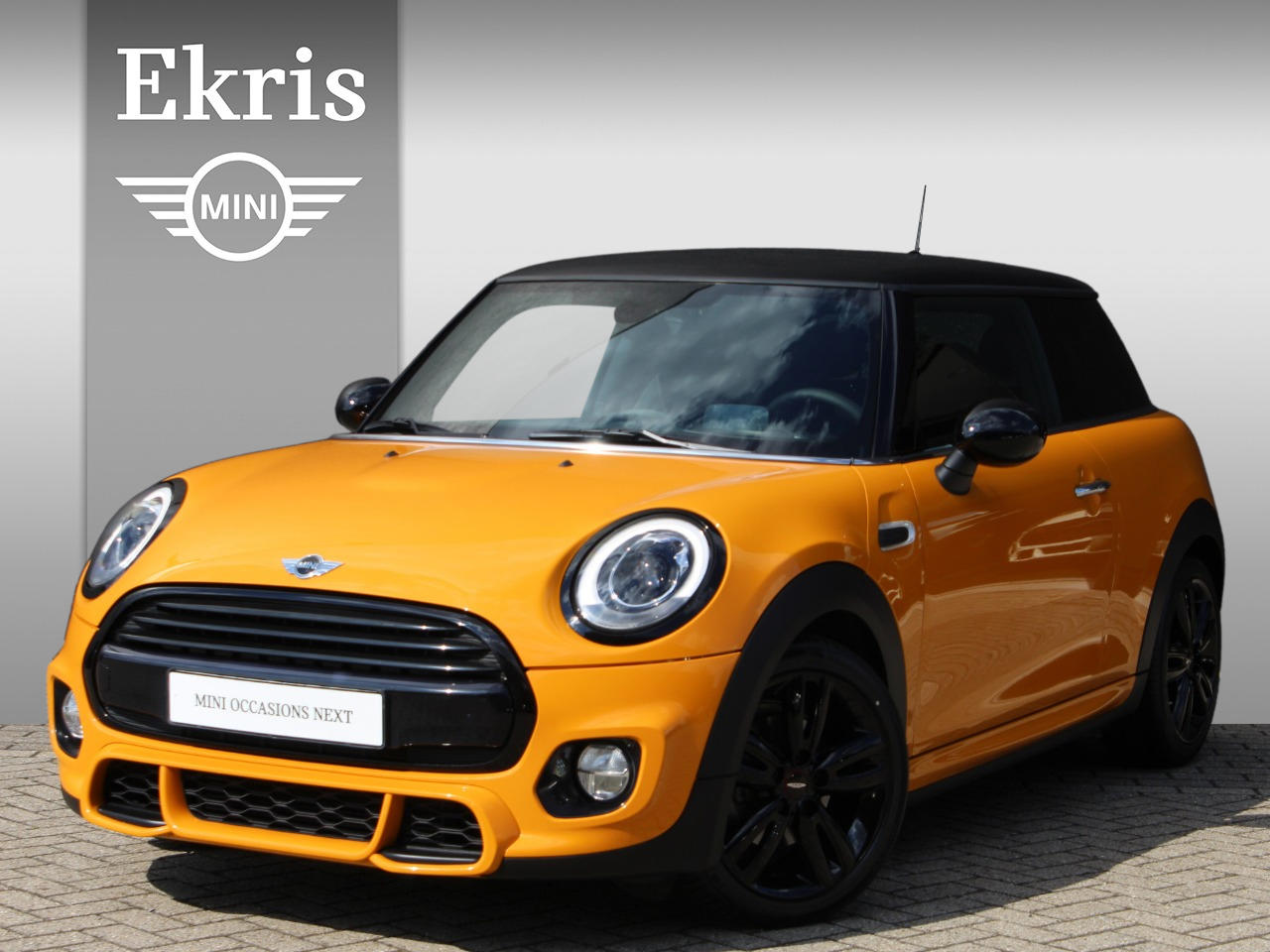 Mini 3-deurs Cooper jcw trim + wired