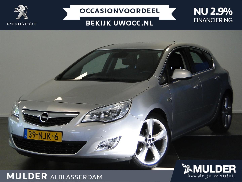 Opel Astra Cosmo 1.6 5d automaat navigatie