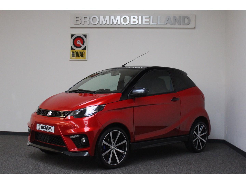 Aixam Aixam Coupe gti 16 inch gt velgen achteruitrijcamera model 2019  brommobiel 45km auto