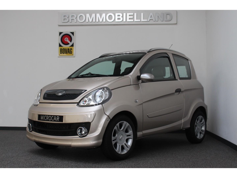 Microcar  M.go sxi hoge instap 07-2009 luxe uitvoering brommobiel 45km auto