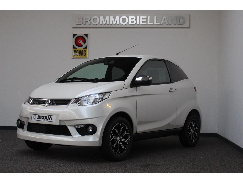 Aixam  Coupe premium abs l.m. velgen parelmoer wit nieuw brommobiel 45km auto