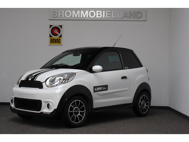 Microcar  M8 premium dci special edition brommobiel 45km auto
