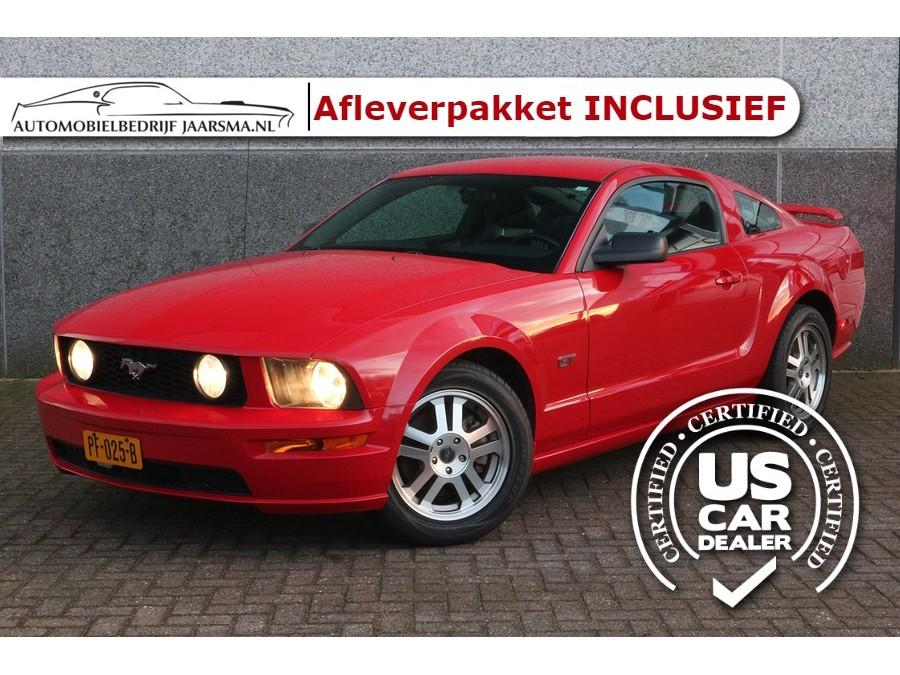 Ford Mustang 4.6l v8 gt deluxe