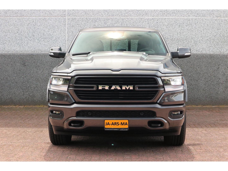 Dodge Ram 1500 laramie sport crewcab 5.7l v8