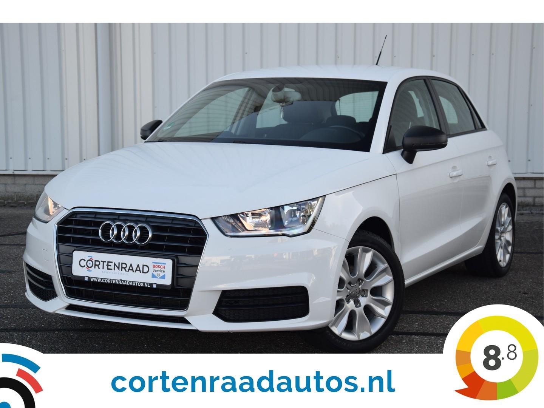 Audi A1 Sportback 1.0 tfsi auto in bijzondere nieuwstaat en lage kilometerstand voorzien van vele opties.