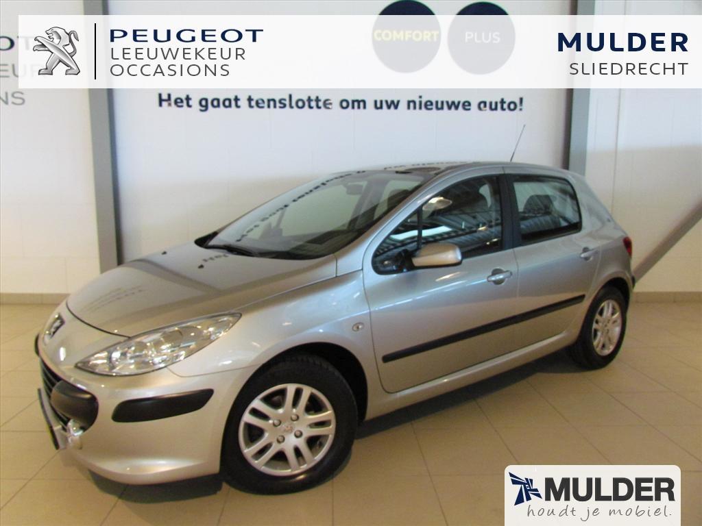 Peugeot 307 Xt premium 1.6 16v 5-deurs