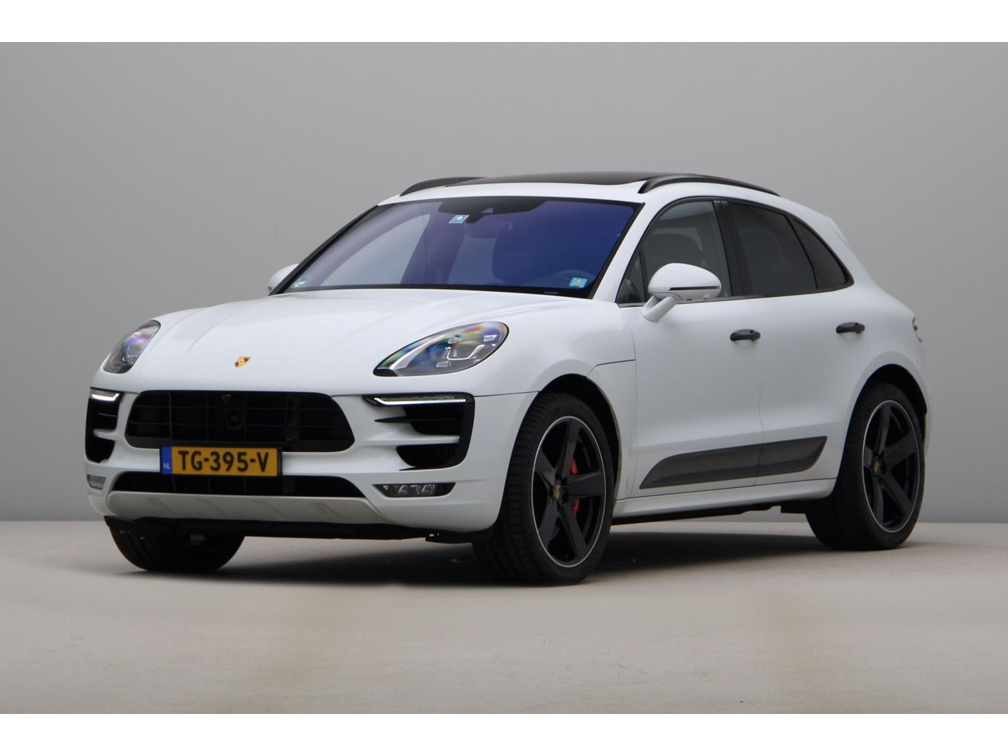 Porsche Macan 3.6 turbo performance package