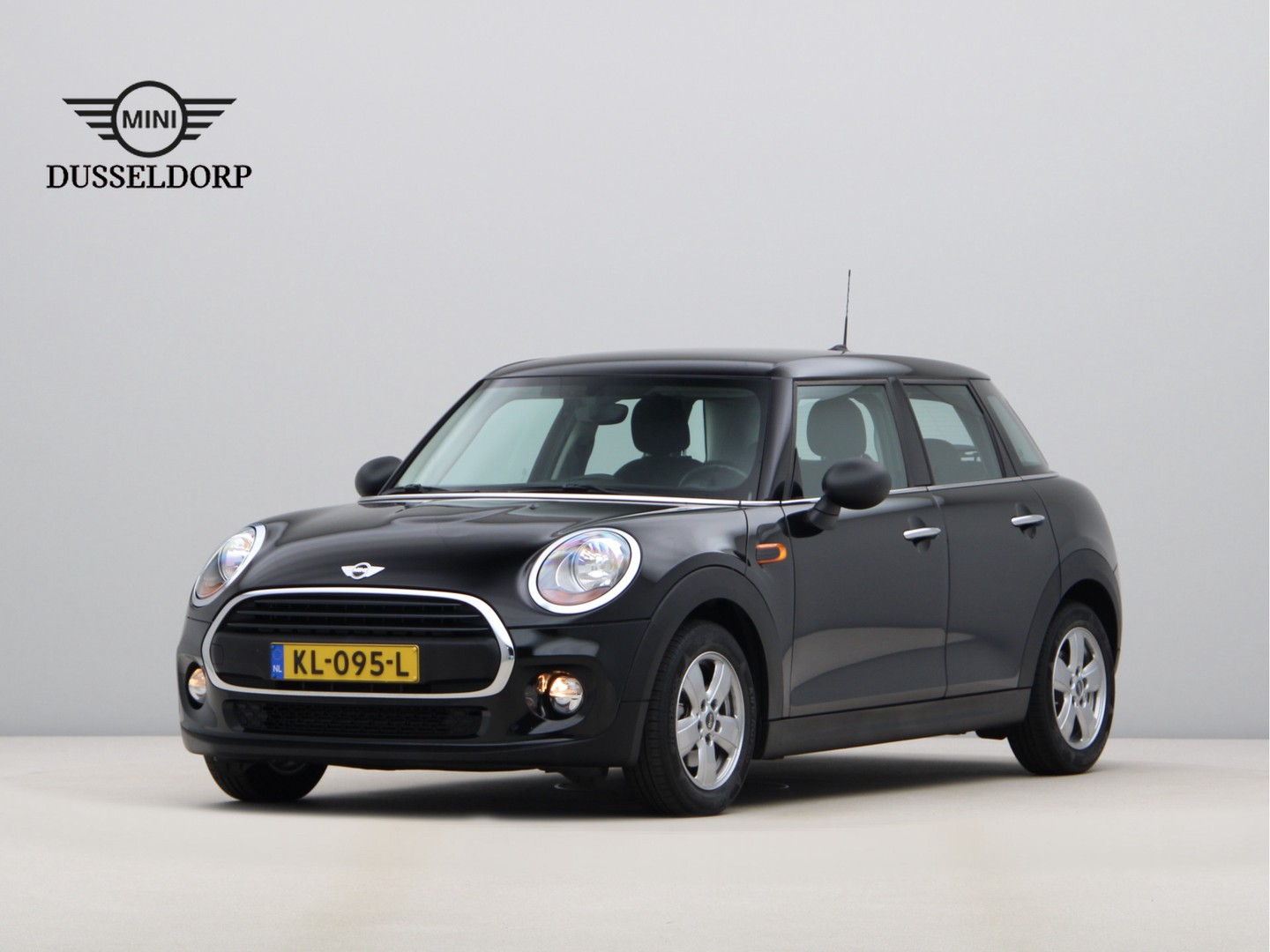 Mini 5-deurs One business