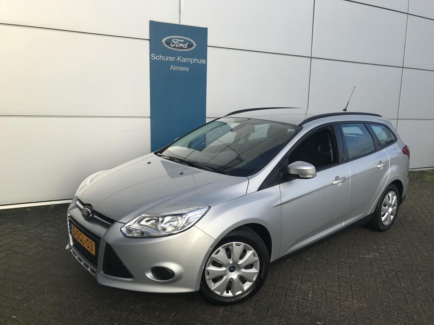 Ford Focus Wagon 1.0 ecoboost trend navigatie