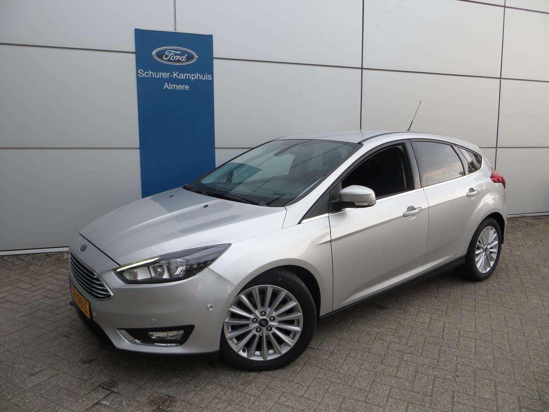 Ford Focus Titanium 2.0 tdci 150pk 5d navigatie trekhaak 1.500kg!