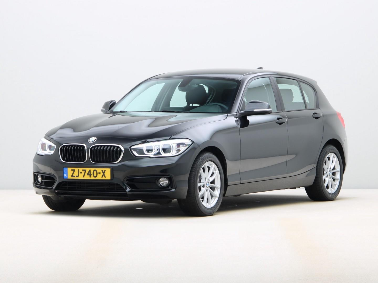 Bmw 1 serie 118i sport line edition pdc achter