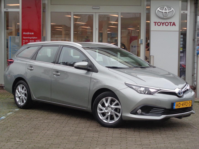 Toyota Auris 1.8 hybrid aspiration *navi* nl auto