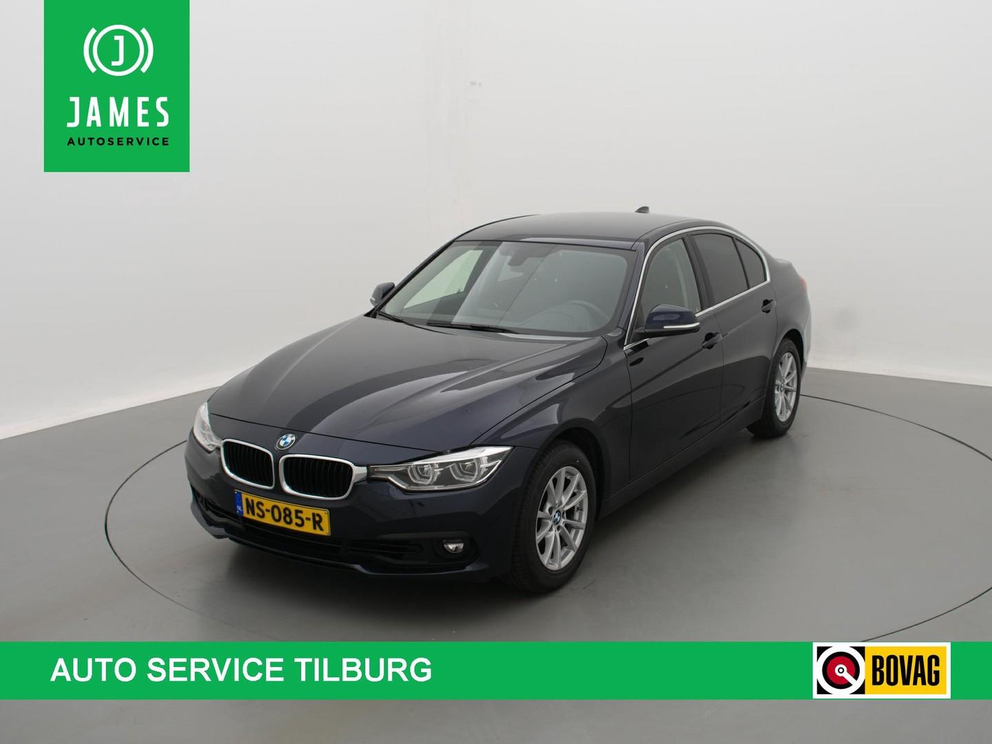 Bmw 3 serie 318i executive autom. navi clima full-led privacy-glass