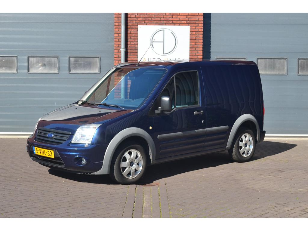 Ford Transit connect T200s 1.8 tdci trend marge btw vrij, airco, trekhaak, pdc