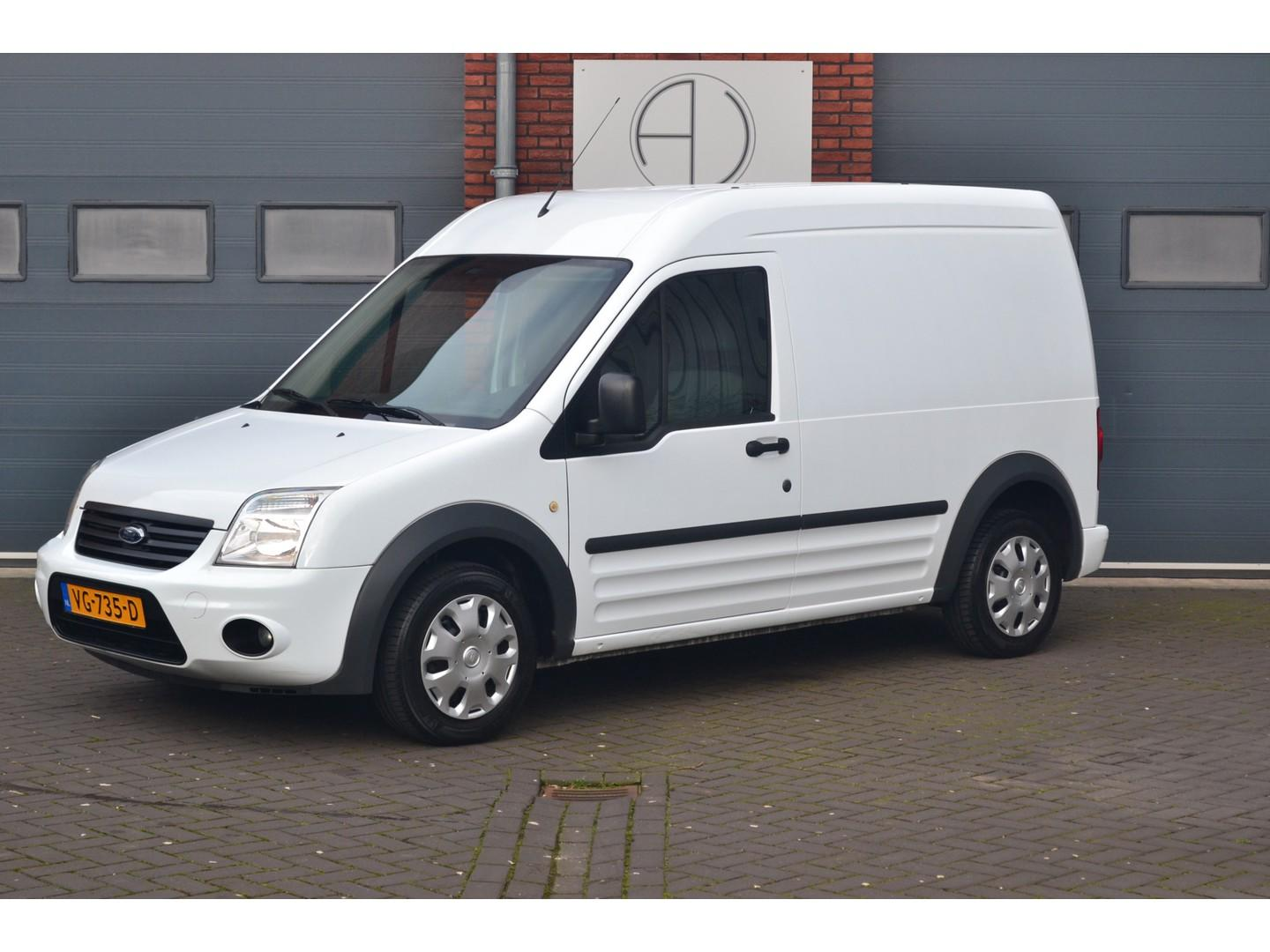 Ford Transit connect T230l 1.8 tdci trend airco, trekhaak, electro pakket
