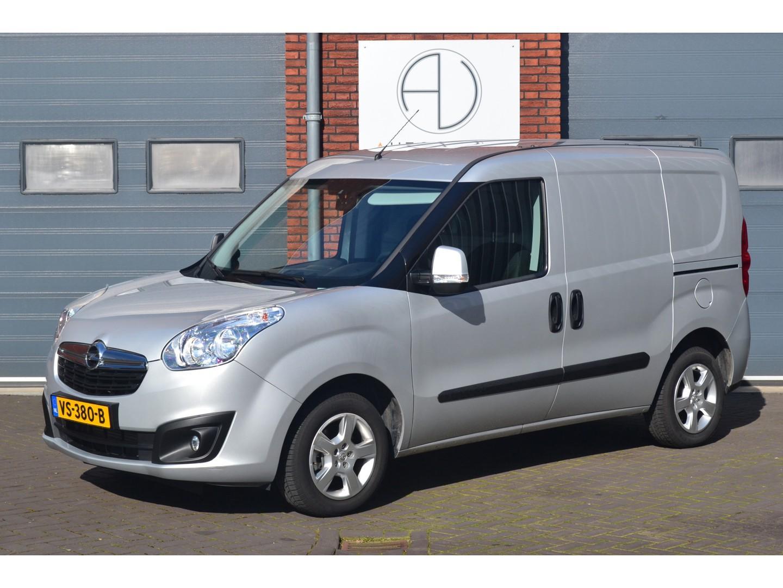 Opel Combo 1.6 cdti sport, rolstoel / scootmobiel, automaat, marge, airco, cruise etc...