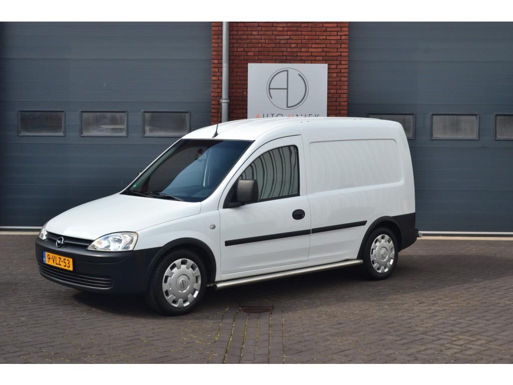 Opel Combo 1.3 cdti base airco, achterklep, zeer nette staat
