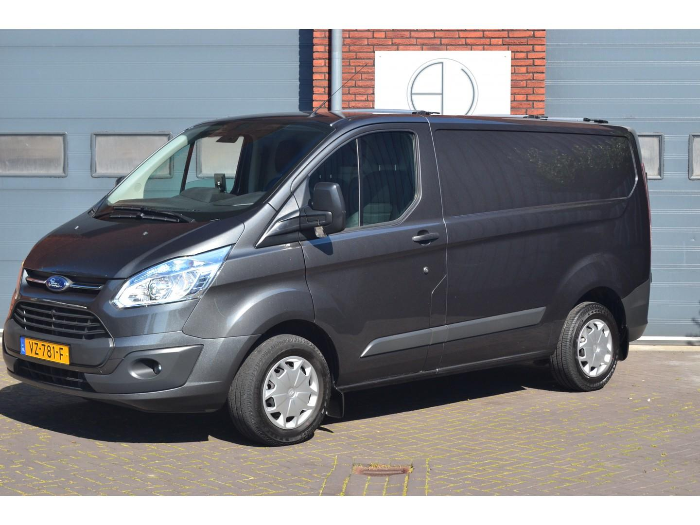 Ford Transit custom 270 2.2 tdci l1h1, 126pk, 3 persoons, airco, cruise control, trekhaak