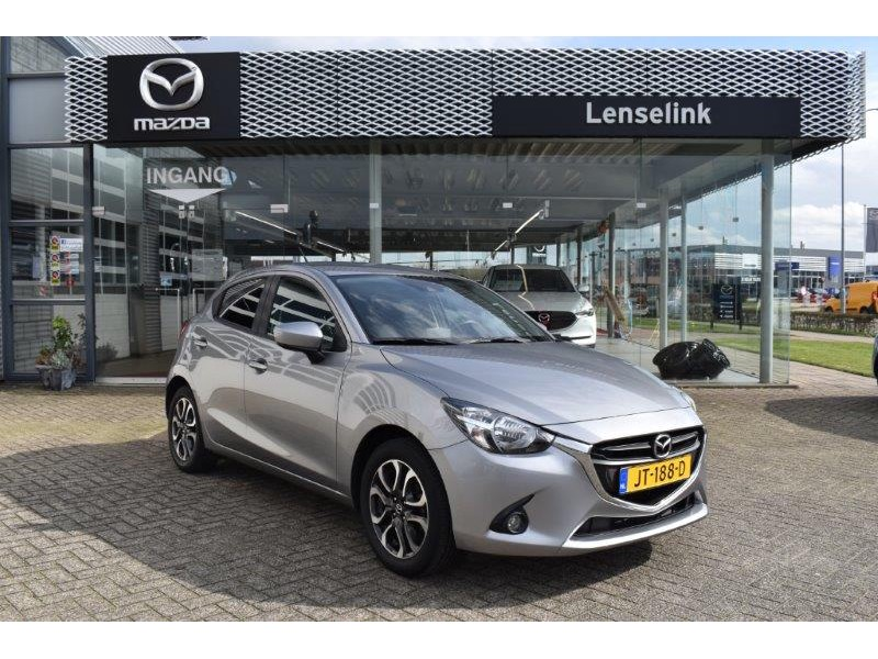 Mazda 2 1.5 gt-m line / 100% dealer onderhouden / navi / pdc / bluetooth / lage km-stand / stoel verwarming