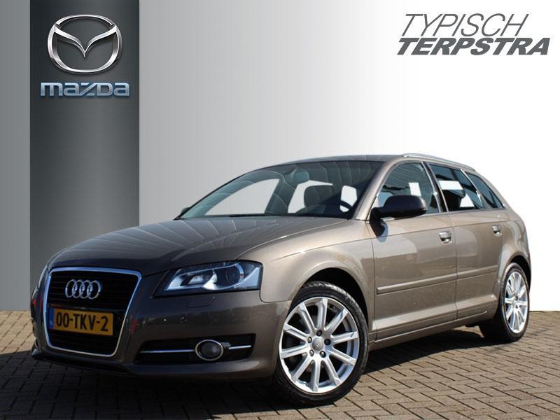 Audi A3 Sportback 1.4tfsi ambiente advence/ navi /17 inch
