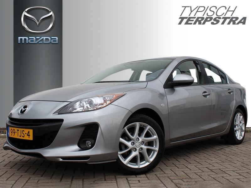 Mazda 3 Sedan 1.6 navigator