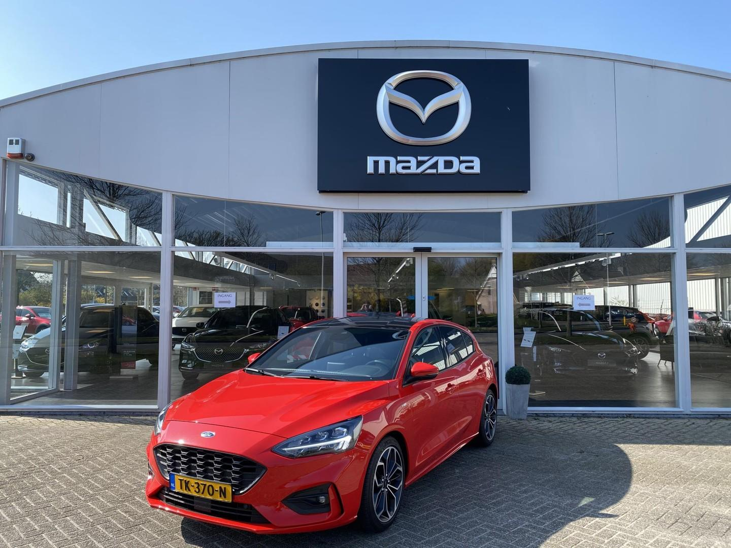 Ford Focus 1.0 ecoboost st line business navi/pdc