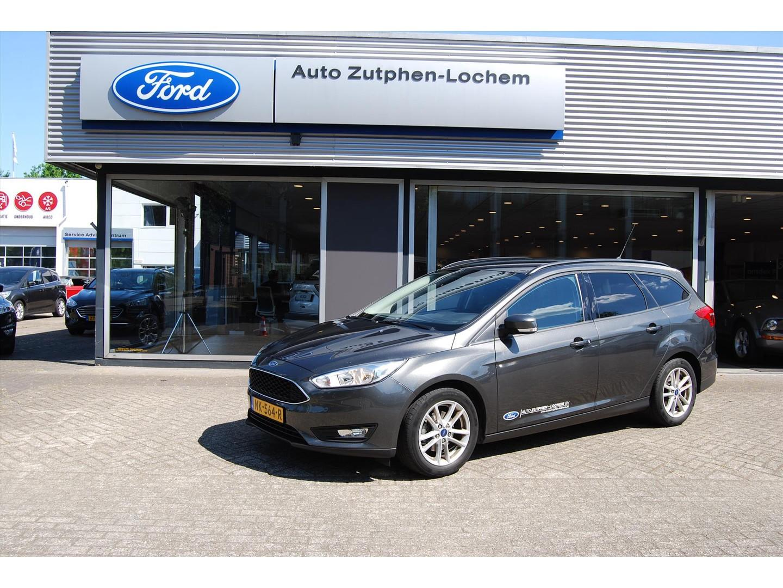 Ford Focus 1.5 tdci 120pk wagon navi/ trekhaak/ winterbanden/ 1e eig