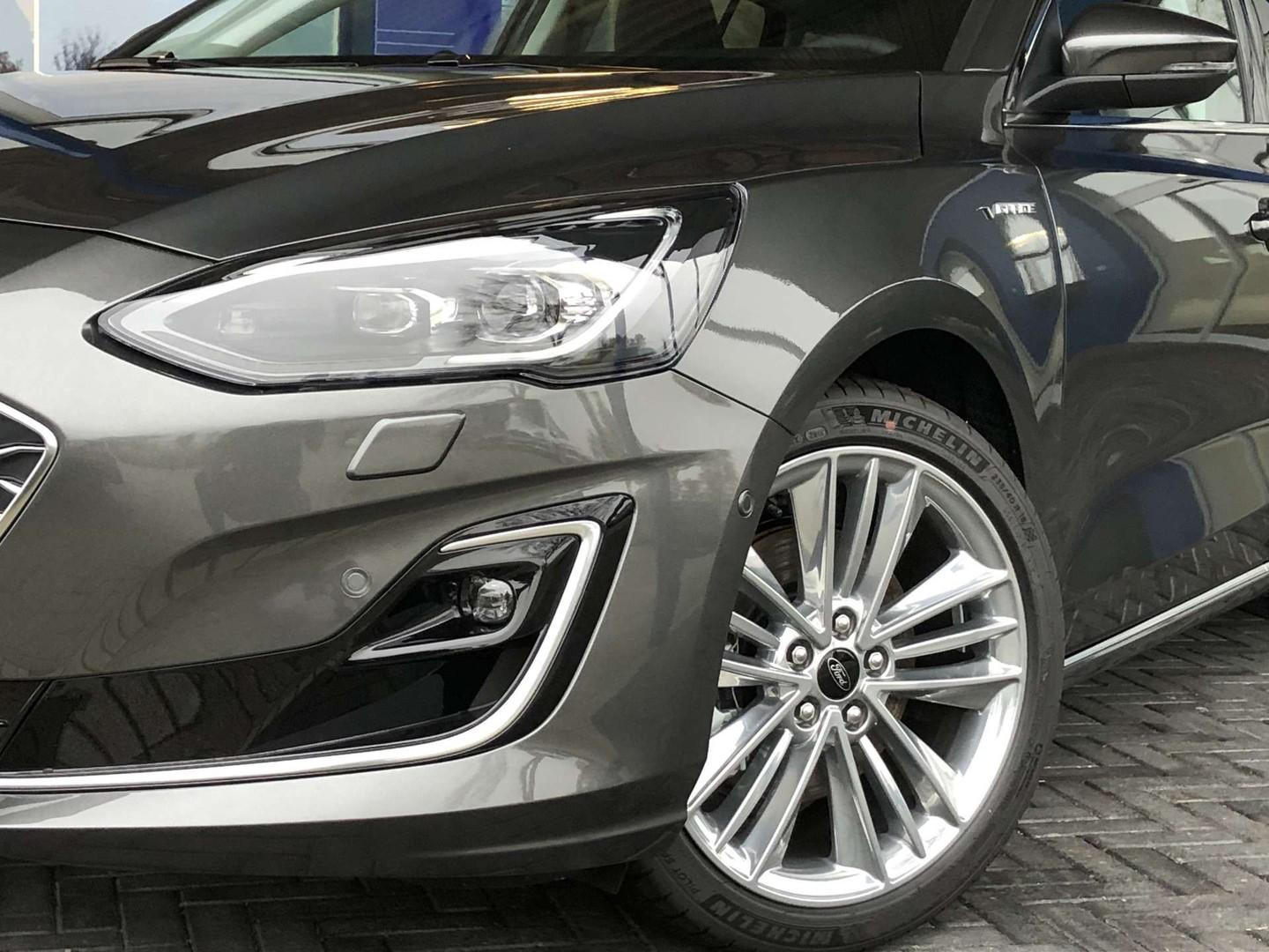 Ford Focus Vignale wagon 1.0 ecoboost 125pk