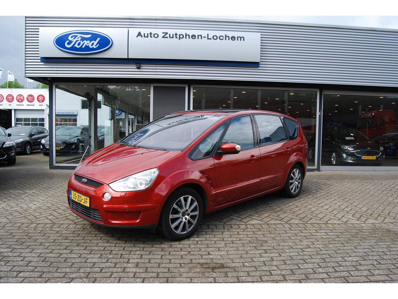 Ford S-max 2.0 16v 145pk titanium 1e eigenaar/trekhaak/pana.dak