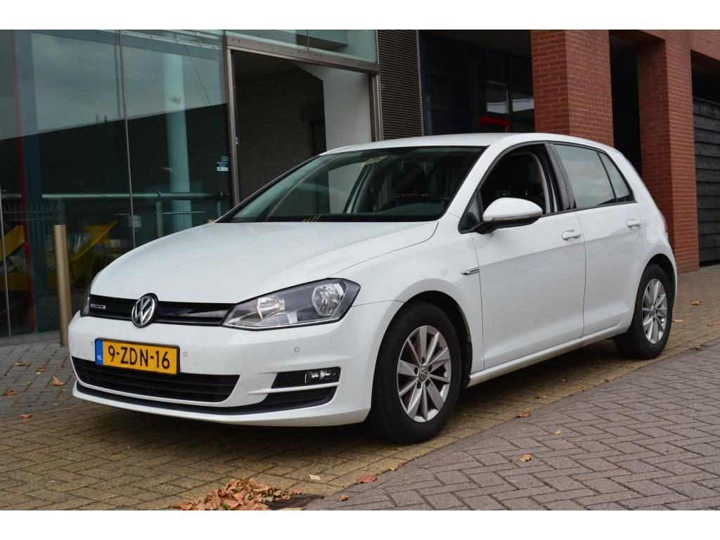 Volkswagen Golf 1.6 tdi trendline plus bluemotion weinig kilometers/ btw auto