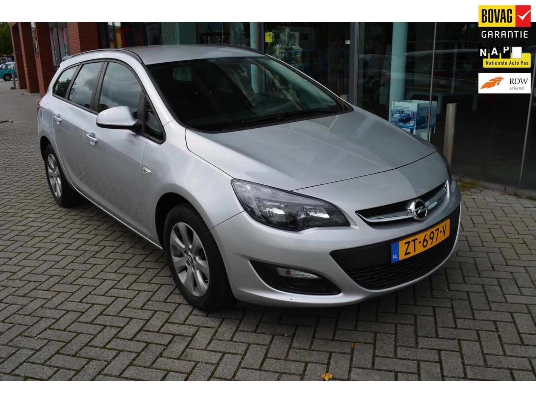 Opel Astra Sports tourer 1.4 turbo blitz