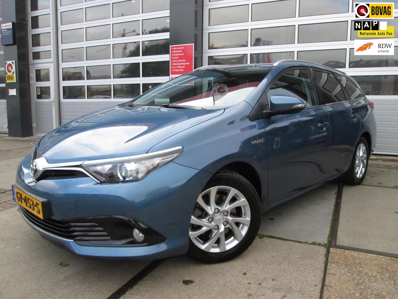 Toyota Auris Touring sports 1.8 hybrid lease / camera / navi/ pano