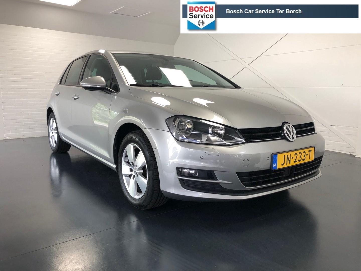 Volkswagen Golf 1.2 tsi business edition r connected
